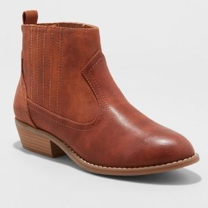 Universal Thread Western Ankle Boots Cognac